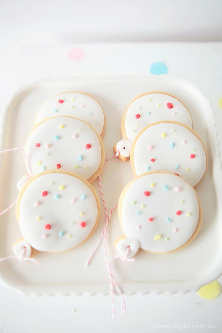selinesteba.com - balloon-cookies