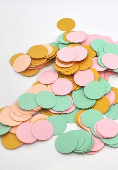 selinesteba.com - confetti-1