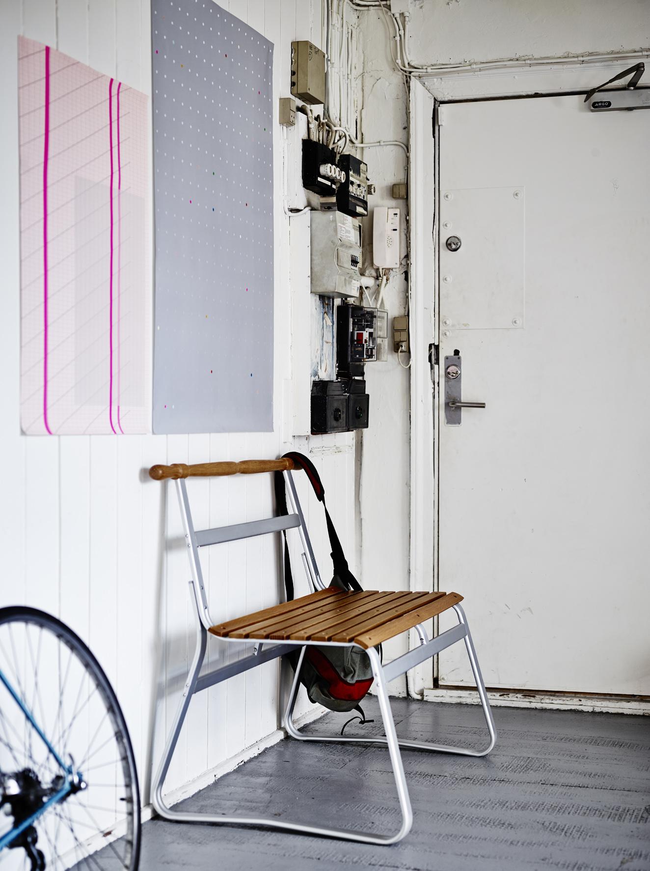 selinesteba.com - hallway-1