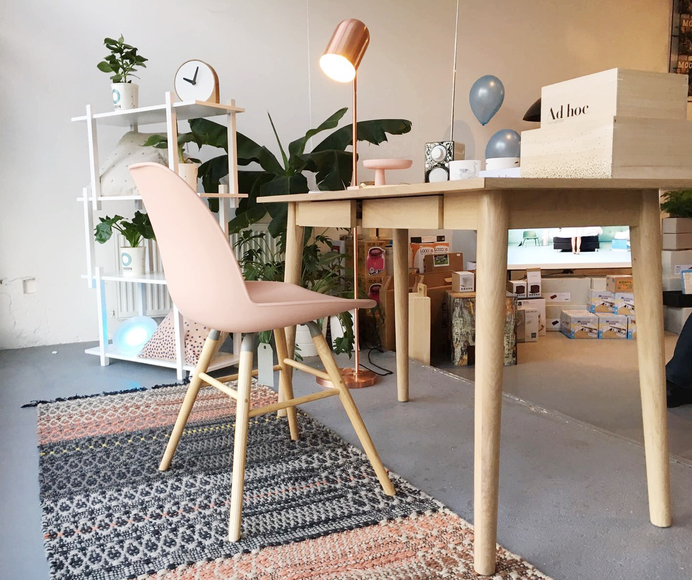 Styling | etalage voor de fonQ pop-up giftstore
