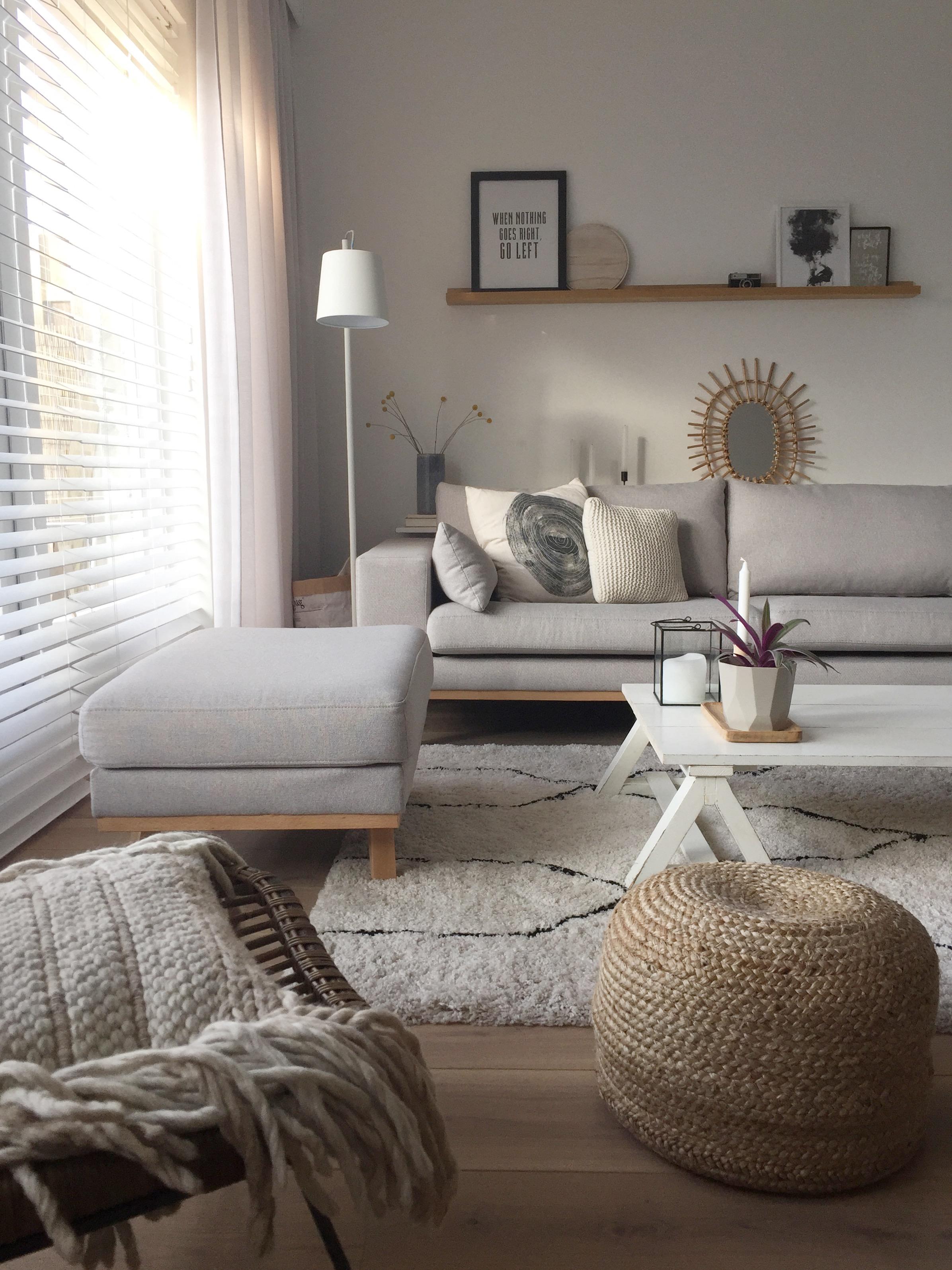 selinesteba.com - Inside blinds 3.JPG