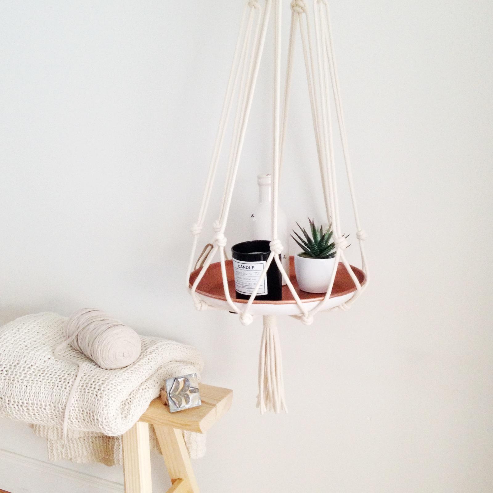 selinesteba.com - Snoeps hanger met koperen dienblad