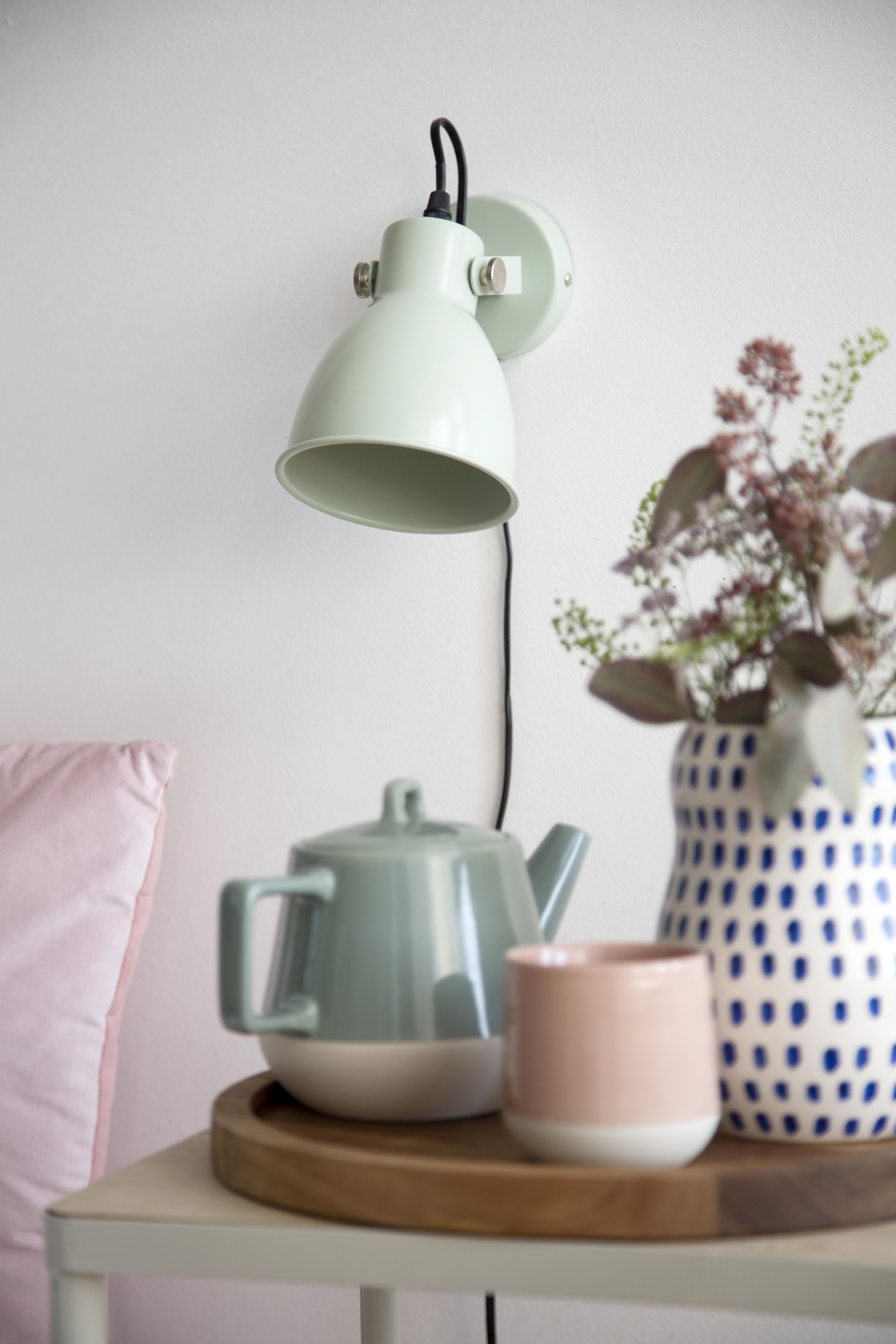 selinesteba.com - SostreneGrene_SpringCollection2017_Bedroom (wall lamp).jpg
