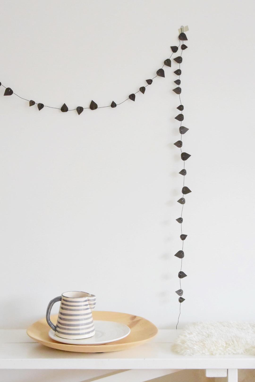 selinesteba.com - Twig leaves Jurianne Matter.JPG