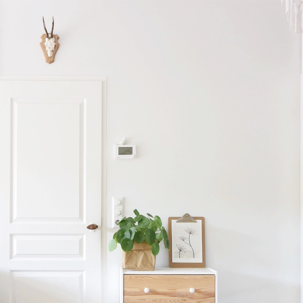 VIDEO | Effectief de woonkamer opruimen met deze slimme trucs